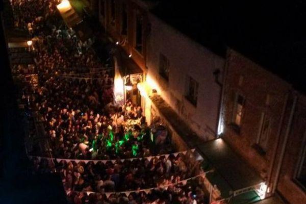 beer-festival-ladadika-yourcitylevel5B69425C-1878-615C-1345-C1992B7C3AA3.jpg